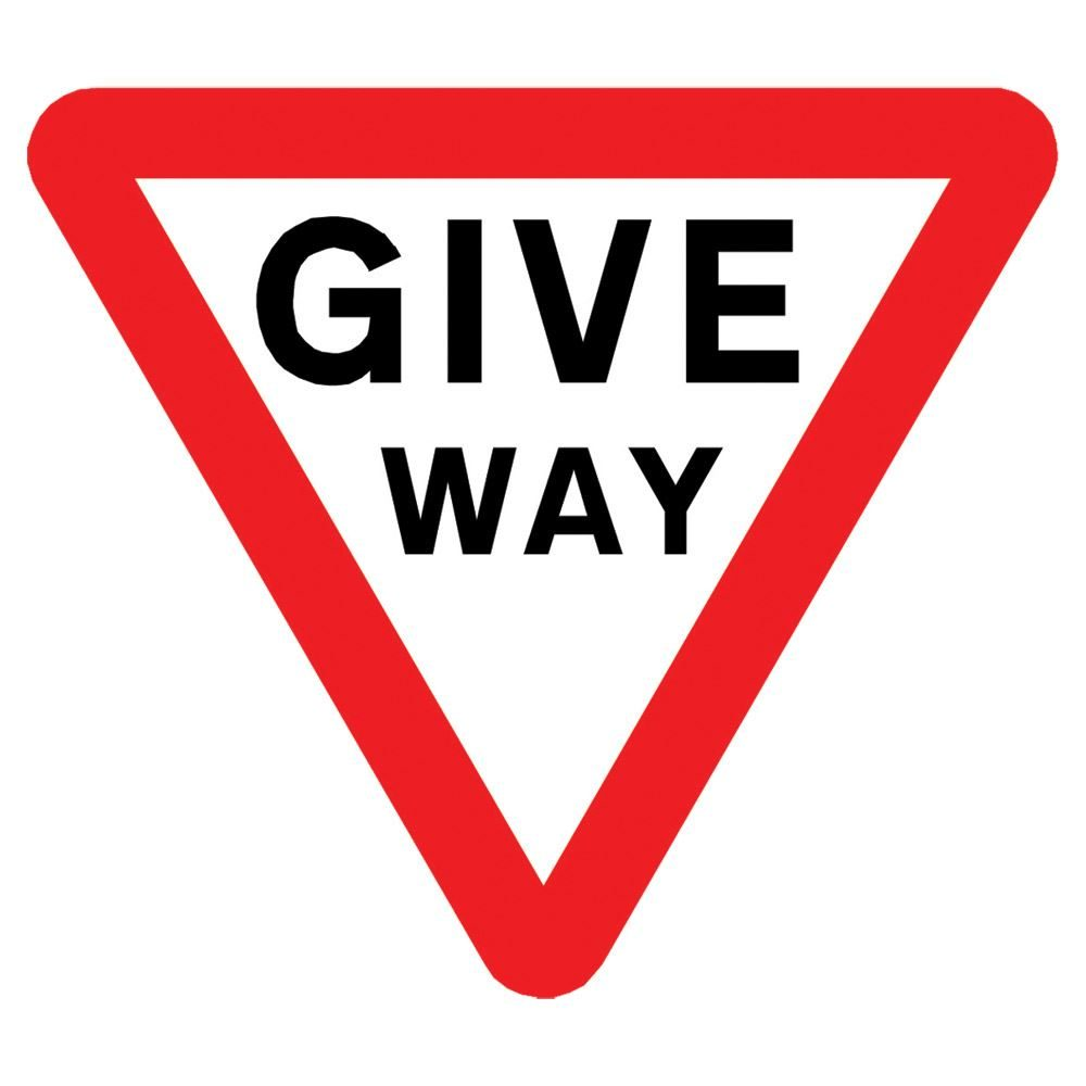 Give Way Triangular Metal Road Sign Plate - 750mm
