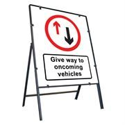 Give Way To Oncoming Vehicles Clipped Metal Road Sign - 800 x 900mm